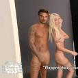 """Les ex-amoureux Jessica et Julien ont accepté de poser nus face à un photographe. Emission """"Les Marseillais South Africa"""", sur W9. Mars 2016."""