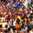 Le roi Jigme Khesar Namgyel Wangchuck a annoncé le prénom de son fils le Gyalsey Jigme Namgyel Wangchuck lors de la cérémonie traditionnelle de révélation de son prénom en présence de sa femme la reine Jetsun Pema et des membres de la famille royale, le 16 avril 2016 au temple de Punakha.