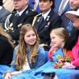 La reine Maxima des Pays-Bas et ses filles la princesse Ariane et la princesse Alexia lors de la Fête du Roi le 27 avril 2016 à Zwolle pour les 49 ans du roi Willem-Alexander des Pays-Bas.