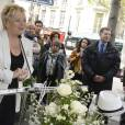 Catherine Salvador à l'inauguration de la place Henri Salvador au 43, boulevard des Capucines à Paris le 3 mai 2016
