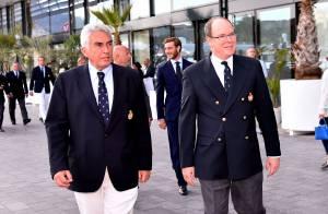 Albert de Monaco et Pierre Casiraghi ébahis avant le grand départ de Mike Horn