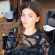 Thylane Blondeau passe au maquillage avec L'Oréal Paris le 14 mai 2016 à l'hôtel Martinez, à Cannes, à quelques heures de sa première montée des marches pour la marque de cosmétiques.