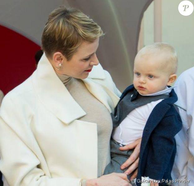 Premier anniversaire de Jacques et Gabriella, aux côtés de leurs parents, Albert et Charlene de Monaco, Place d'Armes à Monaco, le 10 décembre 2015.