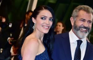 Mel Gibson avec sa chérie de 36 ans sa cadette : A Cannes, il fait le show