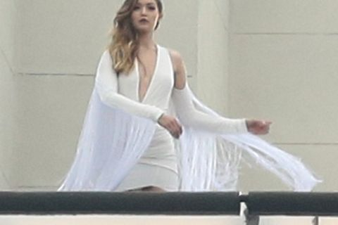 Gigi Hadid : Divine et dénudée à New York, mais en manque de Zayn Malik...