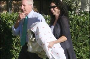 REPORTAGE PHOTOS EXCLUSIVES  : Minnie Driver, ouf, son bébé va bien, elle retrouve le sourire !