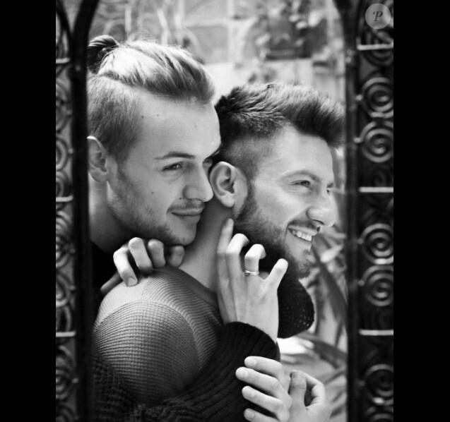 Michal Kwiatkowski et Maxim Assenza ont annoncé leurs fiançailles sur les réseaux sociaux.