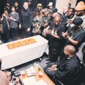 Kanye West a 39 ans : Kim Kardashian et Kris Jenner lui déclarent leur flamme