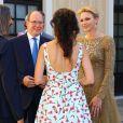 La princesse Charlene et le prince Albert de Monaco accueillant les invités lors du cocktail organisé le 14 juin 2016 dans la cour du palais princier en marge du 56e Festival de Télévision de Monte-Carlo. © Pool Festival TV Monaco / BestImage