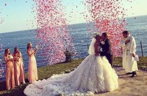Beatrice Borromeo et Pierre Casiraghi : Invités d'un mariage fou et fashion...
