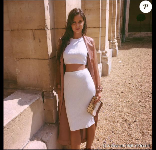 Malika Ménard au mariage de sa meilleure amie à Caen le 18 juin 2016.