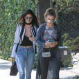 Kendall Jenner et Gigi Hadid au restaurant Zinque à West Hollywood, le 2 juin 2016.