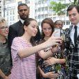 Kaya Scodelario, enceinte et son mari Benjamin Walkerarrive à l'hôtel Salomon de Rothschild pour assister au défilé Valentino. Paris, le 22 juin 2016. © Olivier Borde/Bestimage