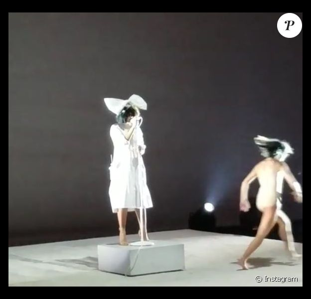 Sia lors du concert donné au SeriesFest, le 22 mai 2013