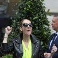 Céline Dion quitte son hôtel à Paris le 28 juin 2016.