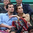 Laury Thilleman et son compagnon Juan Arbelaez dans les tribunes lors du Tournoi de Roland-Garros (les Internationaux de France de tennis) à Paris, le 29 mai 2016. © Dominique Jacovides/Bestimage