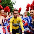 Le coureur britannique Mark Cavendish - Le chanteur français Michel Polnareff fête son 72ème anniversaire en présence des danseuses du Moulin-Rouge et donne le départ de la deuxième étape de la 103ème édition de la course cycliste du tour de France le 3 Juillet 2016, entre Saint-Lo et Cherbourg-en-Cotentin, en Normandie. © Coadic Guirec / Bestimage