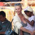 Exclusif - Charlize Theron avec ses enfants Jackson et August, le 5 juillet 2016
