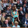 Marion Bartoli, amaigrie et malade, dans les tribunes de Wimbledon le 9 juillet 2016.