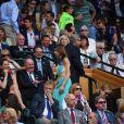 Marion Bartoli, amaigrie et malade, dans les tribunes de la finale entre Serena Williams et Angelique Kerber à Wimbledon le 9 juillet 2016.