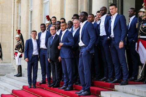 Euro 2016 : Les Bleus reçus par François Hollande, émotion palpable à l'Elysée