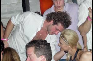 REPORTAGE PHOTOS EXCLUSIVES  : Paris Hilton flirte à Miami... avec son ex- Stavros Niarchos pendant que son fiancé Benji Madden est à New-York !