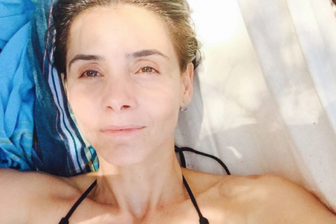 Clotilde Courau en vacances : Sublime au naturel sans maquillage