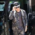 Nick Jonas, habillé en camouflage, arrive à son hôtel à New York. Le 20 juin 2016