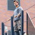 """Taylor Lautner et Marie Avgeropoulos sur le tournage du film """" Tracers"""" a New York Le 27 Juillet 2013"""