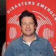 Jamie Oliver participe au telethon pour venir en aide aux victimes du typhon Haiyan aux Philippines. Le 18 novembre 2013