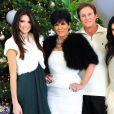 Kris Jenner, Bruce Jenner, Kylie Jenner, Kendall Jenner photographiés dans leur domicile de Los Angeles le 12 décembre 2010