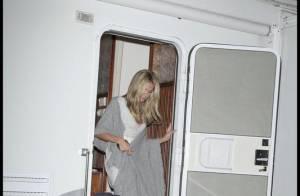 REPORTAGE PHOTOS : Retrouvez la divine Heidi Klum à son mobil-home, toujours légèrement vêtue !