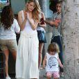 Jaime King et son fils James en pleine séance de shopping à Los Angeles Le 28 Août 2015