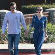 Jaime King et son mari Kyle Newman emmènent leur fils James au Coldwater Canyon Park à Beverly Hills, le 4 février 2015.