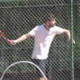 """""""Shakira et son compagnon Gerard Piqué sortent jouer au tennis avec leurs enfants Milan et Sasha à Barcelone le 3 septembre 2016."""""""