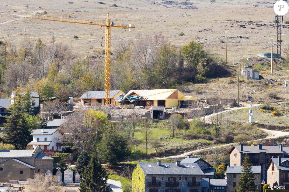 Exclusive  Shakira Et Gerard Piqu Se Font Construire Une Maison