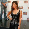 Ashley Tisdale porte une robe, modèle 117 de Jenny Packham