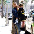 Exclusif - Gwen Stefani emmène son fils Apollo déguisé en Batman chez le dentiste à Beverly Hills le 2 septembre 2016.
