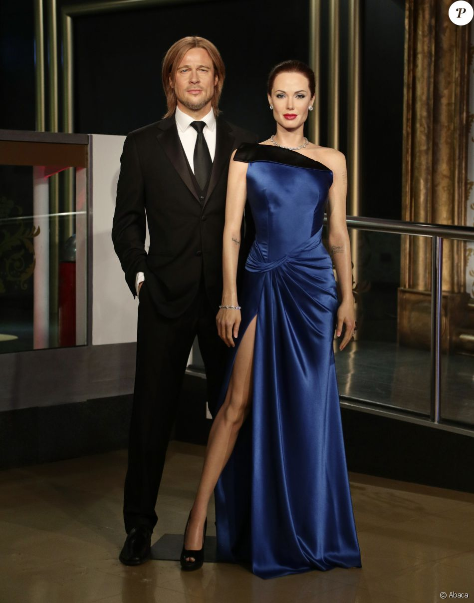 Les statues de cire de Brad Pitt et Angelina Jolie avant leur séparation au musée Madame Tussauds à Londres suite à l'annonce de leur divorce le 21 septembre 2016