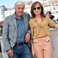 """Paul Verhoeven, Isabelle Huppert lors du photocall du film """"Elle"""" au 69e Festival international du film de Cannes le 21 mai 2016. © Giancarlo Gorassini/Bestimage"""
