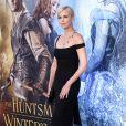 """Charlize Theron lors de la première de """"The Huntsman Winter's War"""" (Blanche Neige et le chasseur 2) au Village Theatre à Los Angeles, le 11 avril 2011."""