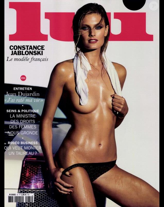 Constance Jablonski torride en couverture du magazine Lui, en kiosques le 29 septembre 2016