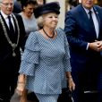 "La princesse Beatrix des Pays-Bas au centre de conférence ""Nieuwspoort"" à l'occasion du 30ème anniversaire de ""CoMensha"" à La Haye. Le 22 septembre 2016  Princess Beatrix of the Netherlands leaving the Nieuwspoort Hague conference on the occasion of the 30th anniversary of CoMensha in Den Haag on September 22, 2016 The national Human Trafficking Coordination Centre stands at the congress reflect on what has been achieved and what are the challenges in the coming period.22/09/2016 - La Haye"