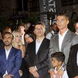 Cristiano Ronaldo avec son fils Cristiano Jr. lors de l'inauguration de son hôtel Pestana CR7 à Lisbonne le 2 octobre 2016.