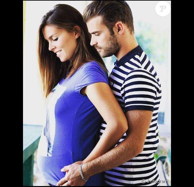 Guillaume Foucault et sa chérie Candice, enceinte. Instagram, le 6 octobre 2016