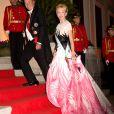 Charles et Camilla de Bourbon des Deux-Siciles arrivent au dîner du mariage du prince Leka II d'Albanie et d'Elia Zaharia au palais royal à Tirana, le 8 octobre 2016