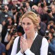 """Julia Roberts au photocall de """"Money Monster"""" au 69e Festival international du film de Cannes le 12 mai 2016. © Dominique Jacovides / Bestimage"""