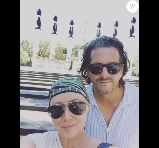 Shannen Doherty et Kurt Iswarienko en voyage au Mexique pour les célébrations de leur cinquième anniversaire de mariage (octobre 2016).