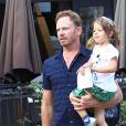 Exclusif - Ian Ziering fait du shopping avec sa fille Penna Ziering à The Grove à Hollywood, le 10 octobre 2016