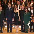 Le roi Felipe VI et la reine Letizia d'Espagne assistaient le 20 octobre 2016 au concert précédant la remise des Prix Princesse des Asturies, à Oviedo.